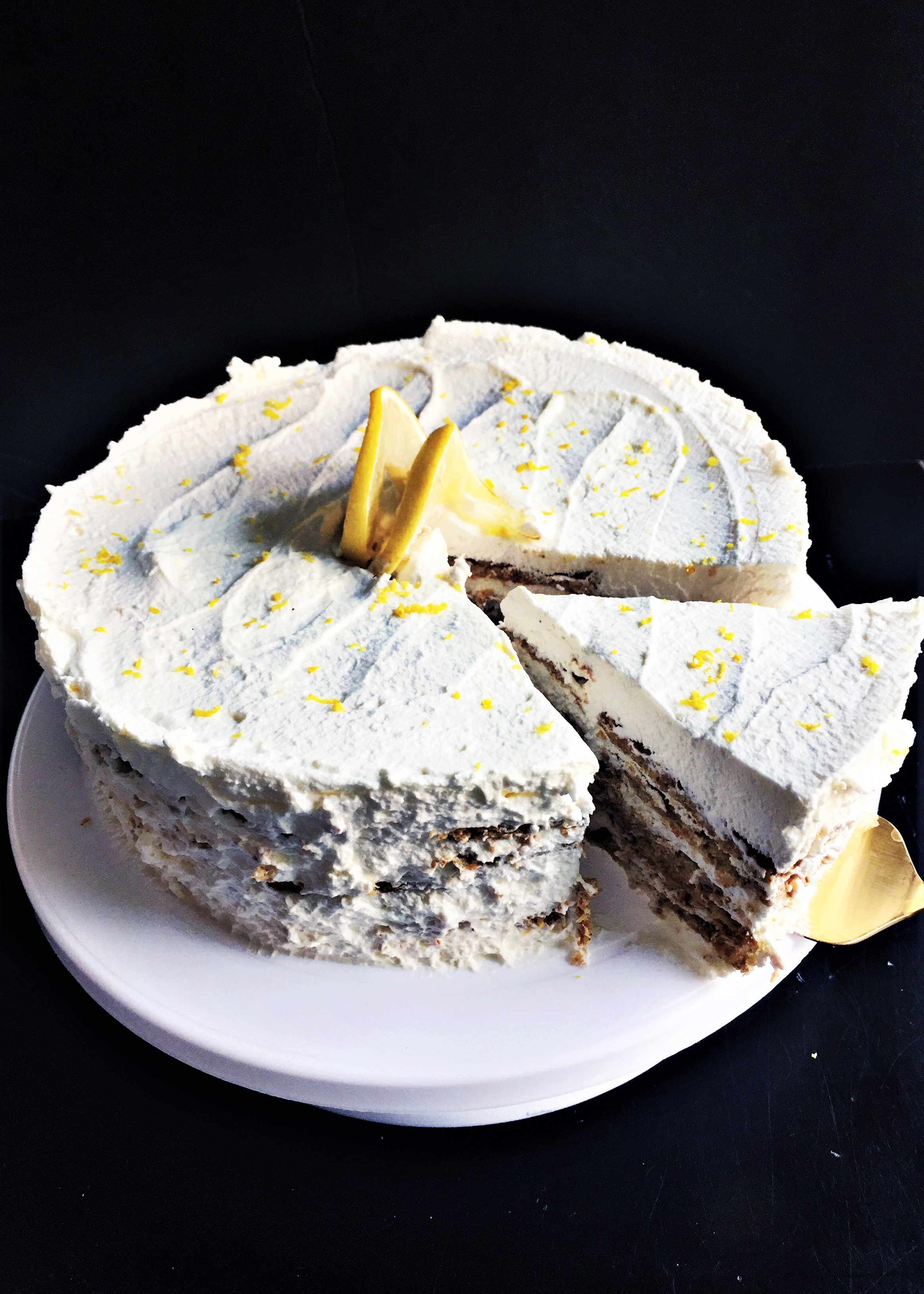 Graham Cracker Lemon Icebox Cake